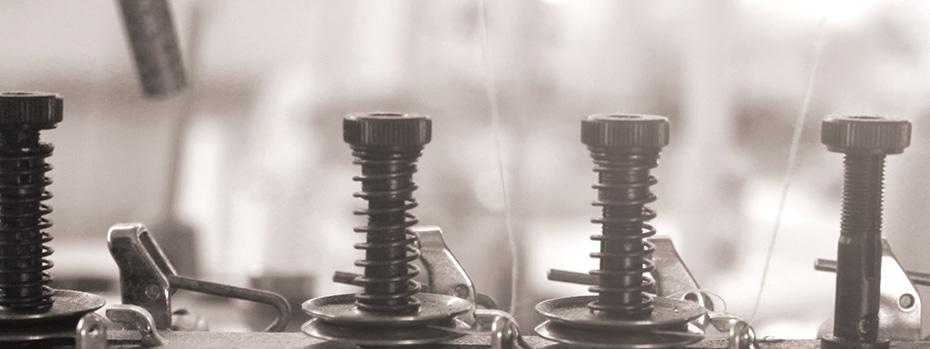 ポリエステルに加えて綿より効率的に水分を吸収するレーヨンも使用